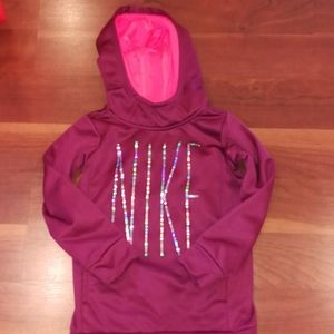 Nike dri fit 3-4 years old XS